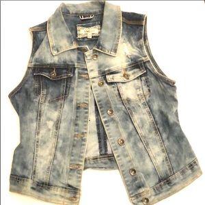 YMI denim distressed jacket wit front pockets